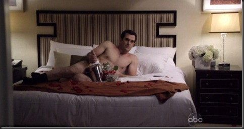 Ty_Burrell_shirtless_08