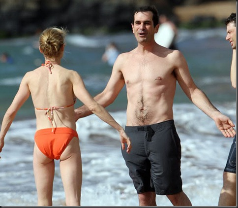 Ty_Burrell_shirtless_26