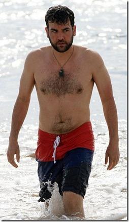 Josh_Radnor_shirtless_01
