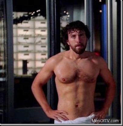 TJ_Thyne_shirtless_01