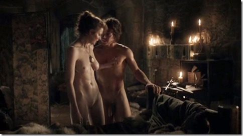 Finn_Jones_Game_of_Thrones_naked_05