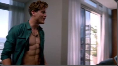Jake_Lockett_shirtless_02