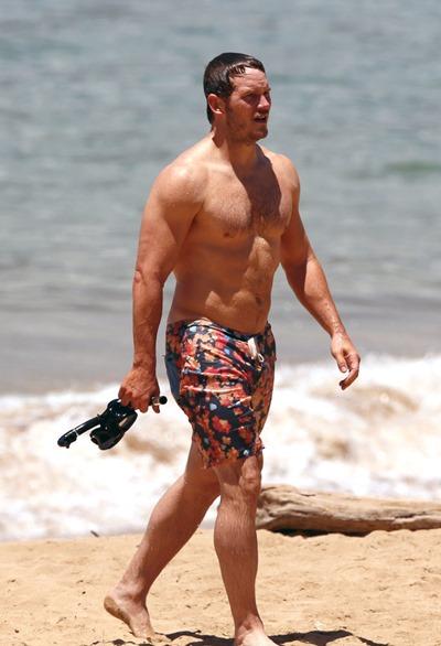 Chris_Pratt_shirtless_01